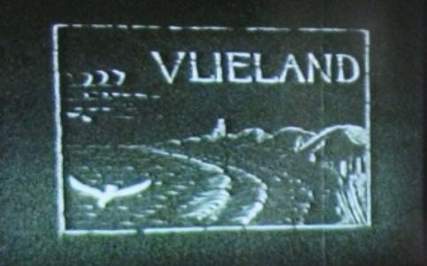 beeld van het begin van film uit 1930 over Vakantie op Vlieland